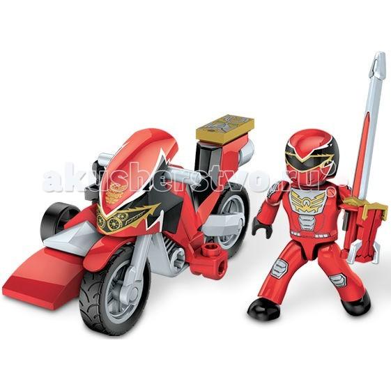 Конструктор Mega Bloks Мини-набор Могучие рейнджеры на мотоциклеМини-набор Могучие рейнджеры на мотоциклеКонструктор Mega Bloks Мини-набор Могучие рейнджеры на мотоцикле  - персонажи сериалов, на которых выросло не одно поколение мальчишек. Многие из них мечтают быть похожими на своих любимых героев. Ваш ребенок будет рад тому, что теперь он сможет играть с невероятными Могучими рейнджерами!  Конструктор от известного бренда Mega Bloks Мини-набор Могучие рейнджеры на мотоцикле Красный рейнджер из 28 деталей рассчитан на ребенка старше 6 лет. Среди элементов игрушки вы найдете не только фигурку красного рейнджера, способную сидеть на мотоцикле, стоять и держать меч, но и сам мотоцикл с коляской-подставкой для меча, крутящимися колесами и оружие.<br>
