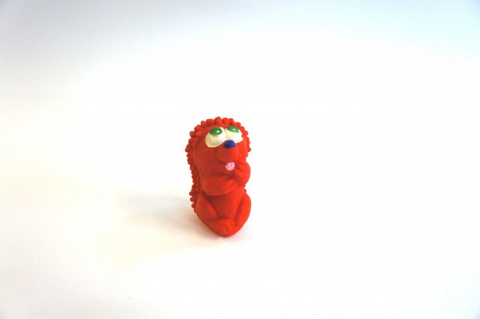 Lanco Латексная игрушка Ежик задумчивый 429Латексная игрушка Ежик задумчивый 429Lanco Латексная игрушка Ежик задумчивый 429 для детей от трех месяцев.  Латексные игрушки Lanco удобно и комфортно держать в детской руке. С ними можно играть в ванной, в кроватке, в автомобиле, во время путешествий в поезде, на самолете, на пароходе.  Эти игрушки способствуют развитию воображения ребенка, способствуют развитию мелкой моторики.  Чем замечательны латексные игрушки Lanco? - уникальность - эксклюзивное качество - отсутствие аналогов.  Игрушки производятся из безвредного, экологически чистого 100% натурального сырья – латекса – без химических и минеральных добавок, этот материал нелипкий, приятный и мягкий на ощупь, для него характерно отсутствие запаха.  Особенности игрушек Lanco: Латексные игрушки Lanco прошли сертификацию как в Европе, так и в России Играя с латексными игрушками Lanco невозможно травмироваться, невозможно откусить, оторвать детали от них При растягивании любая латексная игрушка Lanco увеличивается до 7 раз, возвращаясь в исходное положение, не деформируясь. В производстве этих игрушек используются натуральные пищевые красители, которые наносятся на латексные игрушки Lanco вручную. Латексные игрушки Lanco привлекают яркостью красок, и цветовая гамма разработана совместно с психологами.  Материал: - производство из безвредного, экологически чистого 100% натурального сырья – латекса – без химических и минеральных добавок - нелипкий - приятный и мягкий на ощупь - отсутствие запаха.  Использование: - латексные игрушки Lanco легко моются в теплой воде с нейтральным мылом, при этом красители не линяют - латексные игрушки Lanco удобно и комфортно держать в детской руке - с латексными игрушками Lanco можно играть в ванной, в кроватке, в автомобиле, во время путешествий в поезде, на самолете, на пароходе.  Красители: натуральные пищевые красители, которые наносятся на латексные игрушки Lanco вручную - устойчивость красителей к воздействию слюны - красители, использ