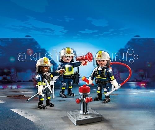 Конструктор Playmobil Пожарная служба: Команда пожарниковПожарная служба: Команда пожарниковПожарная служба: Команда пожарников – красочный и яркий набор.  Отважные ребята прибыли на место пожара, они одеты в полную экипировку и могут зайти в горящее здание.   Для тушения пожара у команды есть огнетушитель и брандспойт.  Шланги подключаются к гидранту, и начинается борьба с огненной стихией.  Используя игровые наборы Playmobil, ребенок сможет устроить бой с пожаром и отвоевать у него здание или лесополосу.  Пожарных могут вызывать на любое место пожара.  У них в руках есть рупор, которым предупреждают людей, чтобы они держались подальше от огня.   С помощью пожарного оборудования опытная команда справится с огнем и спасет окруженных пламенем людей.  Используя конструкторы можно установить пожарных в разные положения. В комплект входит три фигурки пожарных, огнетушитель, гидрант, брандспойт и аксессуары.  Ребенок может вызвать пожарных к своему игрушечному зданию.  Если выявлено небольшое возгорание, пожарные потушат его огнетушителем.  Если невозможно справиться с помощью огнетушителя, то следует установить гидрант и подключить шланги.   Сильный напор воды справится с полыхающей стихией, и здание удастся спасти. Игрушка от Playmobil учит ребенка бережно обращаться с огнем, развивает причинно-следственные понятия.  Продукция сертифицирована, экологически безопасна для ребенка, использованные красители не токсичны и гипоаллергенны.<br>