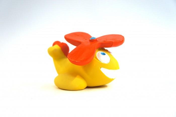 Lanco Латексная игрушка Вертолет 964Латексная игрушка Вертолет 964Lanco Латексная игрушка Вертолет 964 для детей от трех месяцев.  Латексные игрушки Lanco удобно и комфортно держать в детской руке. С ними можно играть в ванной, в кроватке, в автомобиле, во время путешествий в поезде, на самолете, на пароходе.  Эти игрушки способствуют развитию воображения ребенка, способствуют развитию мелкой моторики.  Чем замечательны латексные игрушки Lanco? - уникальность - эксклюзивное качество - отсутствие аналогов.  Игрушки производятся из безвредного, экологически чистого 100% натурального сырья – латекса – без химических и минеральных добавок, этот материал нелипкий, приятный и мягкий на ощупь, для него характерно отсутствие запаха.  Особенности игрушек Lanco: Латексные игрушки Lanco прошли сертификацию как в Европе, так и в России Играя с латексными игрушками Lanco невозможно травмироваться, невозможно откусить, оторвать детали от них При растягивании любая латексная игрушка Lanco увеличивается до 7 раз, возвращаясь в исходное положение, не деформируясь. В производстве этих игрушек используются натуральные пищевые красители, которые наносятся на латексные игрушки Lanco вручную. Латексные игрушки Lanco привлекают яркостью красок, и цветовая гамма разработана совместно с психологами.  Материал: - производство из безвредного, экологически чистого 100% натурального сырья – латекса – без химических и минеральных добавок - нелипкий - приятный и мягкий на ощупь - отсутствие запаха.  Использование: - латексные игрушки Lanco легко моются в теплой воде с нейтральным мылом, при этом красители не линяют - латексные игрушки Lanco удобно и комфортно держать в детской руке - с латексными игрушками Lanco можно играть в ванной, в кроватке, в автомобиле, во время путешествий в поезде, на самолете, на пароходе.  Красители: натуральные пищевые красители, которые наносятся на латексные игрушки Lanco вручную - устойчивость красителей к воздействию слюны - красители, используемые при производств