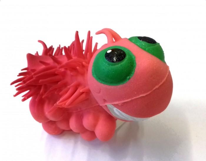 Lanco Латексная игрушка Жужелица ODA 150Латексная игрушка Жужелица ODA 150Lanco Латексная игрушка ЖужелицаODA-150 для детей от трех месяцев.  Латексные игрушки Lanco удобно и комфортно держать в детской руке. С ними можно играть в ванной, в кроватке, в автомобиле, во время путешествий в поезде, на самолете, на пароходе.  Эти игрушки способствуют развитию воображения ребенка, способствуют развитию мелкой моторики.  Чем замечательны латексные игрушки Lanco? - уникальность - эксклюзивное качество - отсутствие аналогов.  Игрушки производятся из безвредного, экологически чистого 100% натурального сырья – латекса – без химических и минеральных добавок, этот материал нелипкий, приятный и мягкий на ощупь, для него характерно отсутствие запаха.  Особенности игрушек Lanco: Латексные игрушки Lanco прошли сертификацию как в Европе, так и в России Играя с латексными игрушками Lanco невозможно травмироваться, невозможно откусить, оторвать детали от них При растягивании любая латексная игрушка Lanco увеличивается до 7 раз, возвращаясь в исходное положение, не деформируясь. В производстве этих игрушек используются натуральные пищевые красители, которые наносятся на латексные игрушки Lanco вручную. Латексные игрушки Lanco привлекают яркостью красок, и цветовая гамма разработана совместно с психологами.  Материал: - производство из безвредного, экологически чистого 100% натурального сырья – латекса – без химических и минеральных добавок - нелипкий - приятный и мягкий на ощупь - отсутствие запаха.  Использование: - латексные игрушки Lanco легко моются в теплой воде с нейтральным мылом, при этом красители не линяют - латексные игрушки Lanco удобно и комфортно держать в детской руке - с латексными игрушками Lanco можно играть в ванной, в кроватке, в автомобиле, во время путешествий в поезде, на самолете, на пароходе.  Красители: натуральные пищевые красители, которые наносятся на латексные игрушки Lanco вручную - устойчивость красителей к воздействию слюны - красители, используемые при 