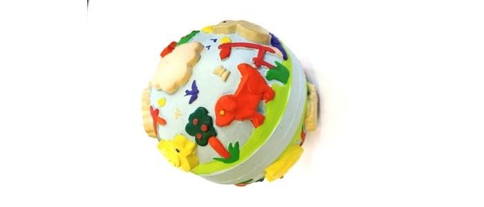 Lanco Латексная игрушка Мячик весенний 1607Латексная игрушка Мячик весенний 1607Lanco Латексная игрушка Мячик весенний 1607 для детей от трех месяцев.  Латексные игрушки Lanco удобно и комфортно держать в детской руке. С ними можно играть в ванной, в кроватке, в автомобиле, во время путешествий в поезде, на самолете, на пароходе.  Эти игрушки способствуют развитию воображения ребенка, способствуют развитию мелкой моторики.  Чем замечательны латексные игрушки Lanco? - уникальность - эксклюзивное качество - отсутствие аналогов.  Игрушки производятся из безвредного, экологически чистого 100% натурального сырья – латекса – без химических и минеральных добавок, этот материал нелипкий, приятный и мягкий на ощупь, для него характерно отсутствие запаха.  Особенности игрушек Lanco: Латексные игрушки Lanco прошли сертификацию как в Европе, так и в России Играя с латексными игрушками Lanco невозможно травмироваться, невозможно откусить, оторвать детали от них При растягивании любая латексная игрушка Lanco увеличивается до 7 раз, возвращаясь в исходное положение, не деформируясь. В производстве этих игрушек используются натуральные пищевые красители, которые наносятся на латексные игрушки Lanco вручную. Латексные игрушки Lanco привлекают яркостью красок, и цветовая гамма разработана совместно с психологами.  Материал: - производство из безвредного, экологически чистого 100% натурального сырья – латекса – без химических и минеральных добавок - нелипкий - приятный и мягкий на ощупь - отсутствие запаха.  Использование: - латексные игрушки Lanco легко моются в теплой воде с нейтральным мылом, при этом красители не линяют - латексные игрушки Lanco удобно и комфортно держать в детской руке - с латексными игрушками Lanco можно играть в ванной, в кроватке, в автомобиле, во время путешествий в поезде, на самолете, на пароходе.  Красители: натуральные пищевые красители, которые наносятся на латексные игрушки Lanco вручную - устойчивость красителей к воздействию слюны - красители, использ