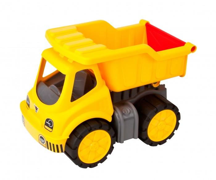 BIG Самосвал Power-Worker KipperСамосвал Power-Worker KipperСамосвал BIG Power-Worker Kipper, изготовленный из прочного безопасного материала желтого и черного цветов, отлично подойдет ребенку для различных игр.    Особенности:    Самосвал - прекрасный помощник на строительной площадке.   С его помощью можно перевозить камни, песок, ветки и другие грузы.   Его кузов поднимается и опускается, а в кабину можно посадить небольшую игрушку.  Большие колеса с крупным протектором обеспечивают самосвалу устойчивость и хорошую проходимость.  Ваш юный строитель сможет прекрасно провести время дома или на улице, воспроизводя свою стройку.<br>