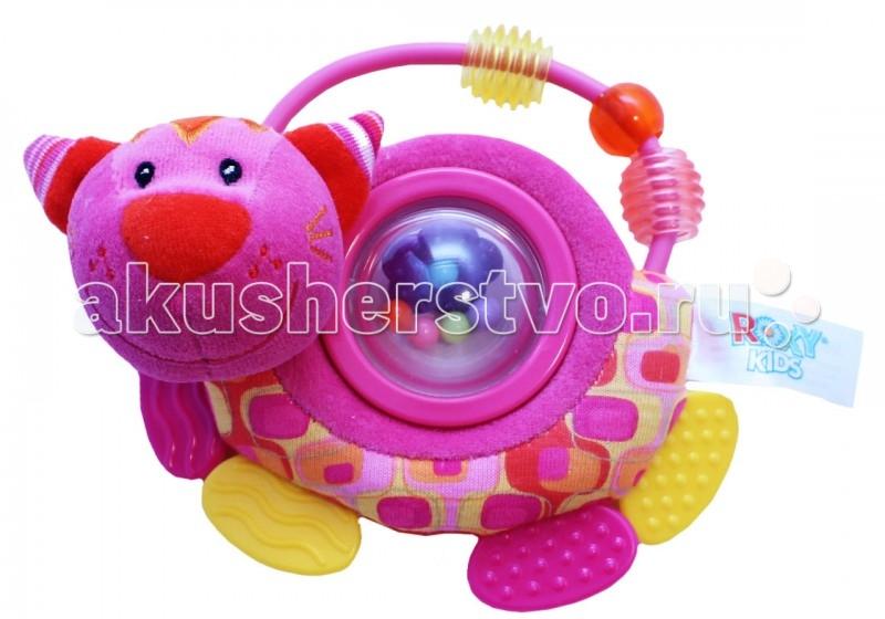 Развивающая игрушка Roxy Котенок Минкси с прорезывателем и погремушкойКотенок Минкси с прорезывателем и погремушкойКотенок Минкси с прорезывателем и вращающимся шариком с погремушкой.  Яркие цвета способствуют развитию цветовой памяти и зрения. Хватая и трогая маленький предмет, малыш формирует хватательные навыки и тактильные ощущения.   производится из высококачественных материалов и безвредных красителей яркий дизайн легкий вес специально для малышей форма погремушки удобная для маленьких ручек мыть в теплой воде с мылом все края закруглены для безопасности размер: 16 см.<br>