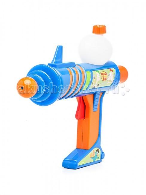Simba Водное оружие Финнес и Ферб 30 смВодное оружие Финнес и Ферб 30 смВодное оружие Simba Финнес и Ферб - для веселых игр с водой в жаркую, летнюю погоду!  Вам стоит только залить в специальный резервуар ружья воду и начать увлекательную игру, например, на речке, море или рыбалке.  Водяное оружие красочно выглядит и притягивает к себе взгляды каждого мальчика.  Рекомендуем не оставлять водяной бластер с наполненным резервуаром, если ребенок с ним не играет.<br>
