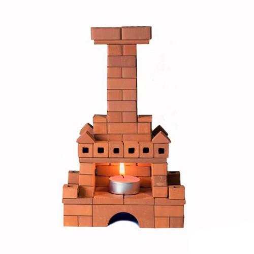 Конструктор Brickmaster Печка 103 деталиПечка 103 деталиКонструктор Brickmaster Печка 103 детали - Ваш малыш сможет собрать настоящую печь с открытым очагом.   Конструктор можно использовать многократно. Чтобы очистить кирпичики от смеси, нужно замочить постройку в воде на несколько часов.  В комплект входят: 103 керамических кирпичика, строительная смесь, а также небольшой мастерок.   Цемент для скрепления элементов состоит из безопасных материалов — кукурузного крахмала и речного песка.<br>