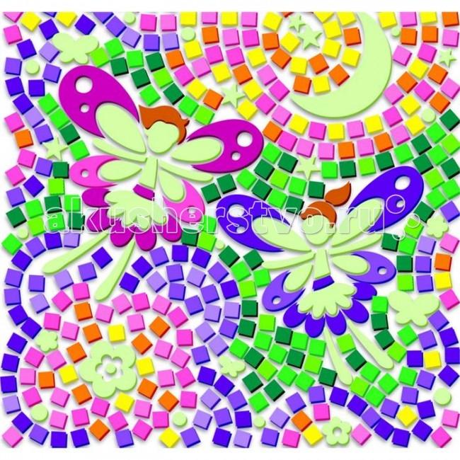 4М Набор Светящийся Сказочные феиНабор Светящийся Сказочные феи4M 00-04647 Светящийся витраж Сказочные феи.  Светящийся витраж Сказочные феи - удивительная мозаика, которая держится практически на любой гладкой поверхности. Разместите элементы мозаики по шаблону и создайте яркие светящиеся в темноте картинки, которые будут вас радовать не только днем, но и ночью! Прикрепите готовый витраж на окно таким образом, чтобы сквозь него проходил солнечный свет и любуйтесь переливающимися красками этого мозаичного панно - отличное украшение интерьера детской комнаты. А ночью, когда зайдет солнце и будет погашен свет, ваша мозаика будет светиться яркими цветами!  В комплект входят: более сотни полупрозрачных прямоугольных элементов мозаики разных цветов элементы мозаики разной формы для переднего плана элементы мозаики разной формы, светящиеся в темноте 1 шаблон 1 прозрачная основа для мозаики 4 присоски подробная инструкция на русском языке.<br>