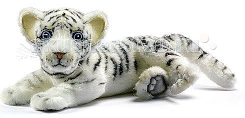Мягкая игрушка Hansa Белый тигренок лежащий 26 смБелый тигренок лежащий 26 смМягкая игрушка Hansa Белый тигренок лежащий 26 см - это очаровательная игрушка, которая максимально точно копирует оригинал. Она изготовлена из высококачественных материалов.  Игрушки Hansa изготовлены из искусственного меха очень приятного на ощупь, внутри имеют титановый каркас. Наличие каркаса позволяет изменять положение лап и туловища, а также поворачивать голову. Игрушки полностью копируют оригинал и могут быть выполнены в натуральную величину. На крупно габаритных игрушках ослик, лошадка и проч., размером от 1 м можно сидеть верхом.  Благодаря прочному каркасу, они выдерживают вес до 65-70 кг.  Компания Hansa была основана в 1972 году на Филиппинах мистером Хансом Акстельмом и в прошлом году отметила свой 40 летний юбилей. 7 мировых обществ охраны природы признали мягкие игрушки фирмы Hansa самыми натуралистичными моделями животных.  Мягкие игрушки Hansa: абсолютно реалистичные жирафы, слоны, коалы и медведи, изготовленные из экологически чистых материалов, сертифицированные как детские игрушки, могут так же стать великолепным украшением любого интерьера – от оформления комнаты до торгового зала, офиса, ресторана, шоу-программы или праздничной вечеринки.  Игрушки Hansa идеальны для модных интерьеров в африканском или японском стиле. Благодаря своей реалистичности игрушки Hansa имеют огромное природоохранное значение - они позволяют любоваться дикими животными, сохраняя им жизнь. Отдельная линия анимированных декоративных композиций дает возможность создавать эффектные экспозиции для выставок, презентаций, витрин и проч. Мягкие анимированные игрушки нередко делаются на заказ, для конкретных интерьеров и событий. В ассортименте Hansa игрушки более 3000 наименований: от райских птичек и мышей 5 см до слонов и жирафов 4.5 м.<br>
