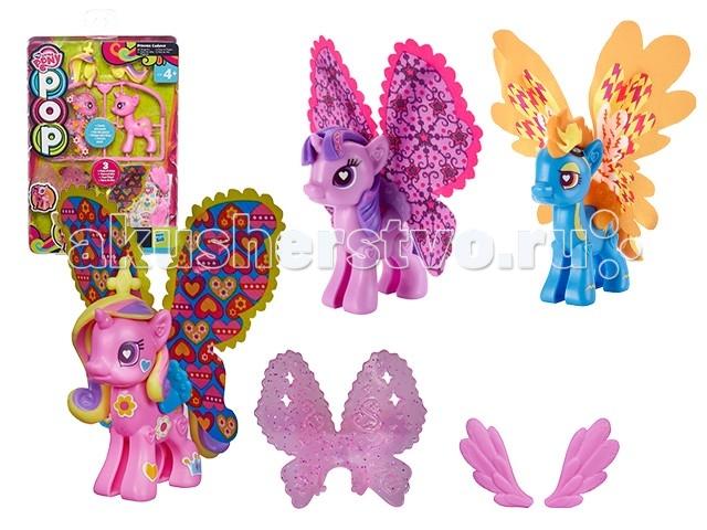 My Little Pony Hasbro Пони с крыльямиHasbro Пони с крыльямиПони собирается из частей, поэтому набор можно назвать поп-конструктором.  Из деталей конструктора «Моя маленькая пони» Ваша дочка может собрать уникальную пони, которая имеет шикарные крылья, созданные в своём неповторимом стиле.  В конструктор для создания пони входят все необходимые детали – две половинки каркаса пони, которые быстро и легко соединяются между собой, а также хвост, грива и крылья. Также в набор входят наклейки, которые придадут неповторимый стиль крыльям.  Стоит отметить то, что детали пони и аксессуары из других наборов серии «Создай свою пони» совместимы. К примеру, у пони можно комбинировать крылья, наклейки, создавая невероятные образы. Проявите фантазию!  В комплекте: 3 пары крыльев грива каркас тела из двух половинок яркие наклейки хвост  Игрушка выполнена из пластика.<br>