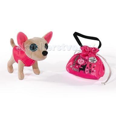 Мягкая игрушка Chi-Chi Love мини-собачка Чихуахуа Модная принцессамини-собачка Чихуахуа Модная принцессаПлюшевая мини-собачка Чихуахуа с большими глазками Chi-Chi Love Модная принцесса с сумочкой - станет любимицей каждой девочки любого возраста.   Эта плюшевая модница будто сошла с подиума парижского дома мод. Стильная жилетка только подчёркивает безупречный вкус этой модницы. В комплекте также есть розовая сумочка-мешочек, в которой можно хранить самые необходимые аксессуары.   Размер игрушки: 15 см<br>