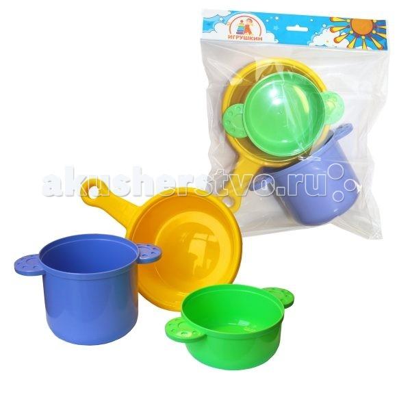 Игрушкин Посуда для повараПосуда для повараПосуда для повара Игрушкин 22151 позволит вашей малышке почувствовать себя хозяйкой.   С его помощью девочка сможет приготовить угощения для своих кукол и подружек.   Посуда изготовлена из высококачественного пластика. Данный набор станет отличным подарком для маленькой хозяйки.  Играя, ребенок развивает воображение, моторику рук, учится основным бытовым навыкам. В наборе есть все необходимое для веселой и увлекательной игры.<br>