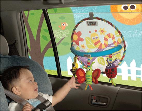 Игрушки в автомобиль