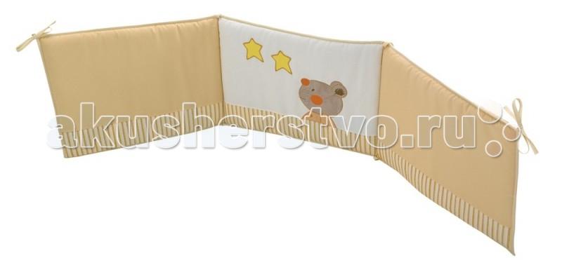 Бампер для кроватки Micuna Selsia 120х60Selsia 120х60Бортики 120х60 Micuna Selsia TX-1744   Коллекция текстиля для детской комнаты от испанской компании Micuna создана из натурального хлопка самой тонкой выделки. Нежная, гипоаллергенная ткань благоприятна для кожи малышей. Она легко стирается и быстро сохнет. Наполнитель мягких бортиков – холлофайбер – состоит из пустотелых полиэстеровых волокон, скрученных в форме пружин. Обеспечивает лучшую, чем синтепон, теплоизоляцию и меньше слёживается. Текстиль Micuna – гарантия настоящего качества.  Основные характеристики: мягкие бортики в изголовье детской кровати материал: 50% хлопок, 50% полиэстер наполнитель: холлофайбер гипоаллергенные материалы и краски бампер (ДхВ): 180х40 см идеально подходят для кроватки Micuna Selsia 120х60.<br>