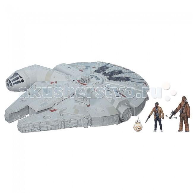 Интерактивная игрушка Star Wars Флагманский космический корабльФлагманский космический корабльИнтерактивная игрушка Star Wars Флагманский космический корабль - одна из самых функциональных и интересных игрушек из серии Star Wars от компании Hasbro! Помимо самого корабля в комплекте имеются 3 фигурки персонажей с аксессуарами-оружием: человек, являющийся штурмовиком Первого порядка, по имени Финн, дройд BB-8 и гуманоид Чубакка. Фигурки имеют высочайший уровень детализации и проработки всех элементов, они являются точными оригинальными копиями персонажей из легендарной киносаги!  Сокол тысячелетия Star Wars от Hasbro имеет множество разнообразных открывающихся отсеков, а также специально оборудованных мест, где можно разместить персонажей, входящих в набор. Кроме того, в этом фантастическом космическом корабле внушительных размеров есть специальные скрытые держатели для стрел типа Nerf! Да, именно так, вы вовсе не ослышались! Игрушка оснащена пусковой установкой, с помощью которой можно вести прицельный огонь по неприятелям, встречающимся на пути Сокола тысячелетия. Стоит только нажать на кнопочку, отвечающую за стрельбу, как тут же из пушки стремительно вылетит снаряд, сокрушающий все на своем пути! Всего в комплект входит 2 красных стрелы, которые надежно фиксируются в боковых отсеках корабля. Для еще большего сходства с настоящим флагманским кораблем Звездных войн игрушка оснащена световыми и звуковыми эффектами, благодаря чему у ребенка возникает полное ощущение того, что в его руках находится реальный космический корабль Millennium Falcon из вселенной Star Wars! Стоит заметить, что выполнен он на таком же высоком уровне, как и фигурки из набора. Модель Сокола тысячелетия сделана с предельным вниманием к мельчайшим нюансам и характерным особенностям, присущим этому фантастическому летательному аппарату!  Космический корабль-флагман Звездных войн со светозвуковыми эффектами непременно порадует маленьких поклонников саги Star Wars! Более того, уже в декабре увидит с