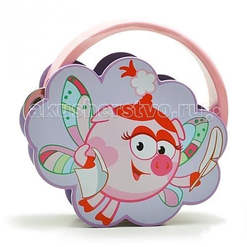Деревянная игрушка Смешарики Бубен НюшаБубен НюшаДеревянная игрушка Смешарики Бубен Нюша.  Все малыши хоть раз мечтали попробовать себя в роли самого настоящего музыканта. Ведь это так интересно - самому производить всевозможные музыкальные звуки! Это самое настоящее волшебство! Детская игрушка бубен сделает мечту вашего ребенка реальностью. Прежде всего бубен Нюша придется по душе нашим маленьким принцессам.   Ведь кажется, что дизайн его был выполнен именно так, чтобы соответствовать всем требованиям девочек: розовый цвет бубна и малышка Нюша, которая предстала перед детками в образе сказочной феи. Ее разноцветные крылышки радуют взор, а форма самого бубна в виде бледно-фиолетового облачка создает впечатление, будто красавица Нюша парит в небе. Очень приятный и милый подарок заставит вашу малышку просто сиять от восторга.   Девочка сможет просто играть на бубне или подыгрывать в такт музыке своих любимых песенок. Кто знает, может быть, именно этот симпатичный инструмент поможет малышке проявить свои музыкальные способности. Если вы хотите сделать своей маленькой принцессе запоминающийся, увлекательный и в то же время не лишенный очарования подарок, то бубен Нюша - это именно то, что вам нужно!<br>