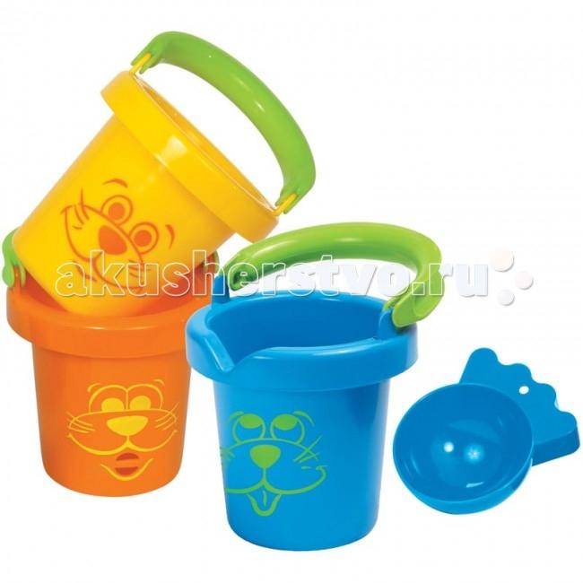 Gowi Набор забавных ведерокНабор забавных ведерокGowi Набор забавных ведерок из 3-х штук для воды и песка из качественного и яркого пластика.  Особенности: Синее ведёрко является полноценным ведром, жёлтое - ведро - сито, у него всё дно в дырочку, а из оранжевого ведерка можно вылить воду через рот нарисованного животного.  В комплект входит совочек, можно использовать, как формочку для песка. Игры в песочнице - одна из форм естественной деятельности ребенка.  С помощью игр с песком у детей можно успешно развивать интеллектуальные способности, тактильно-кинестетическую чувствительность, мелкую моторику. Соответствует стандартам British Safety Regulations и европейскому стандарту EN 71.<br>