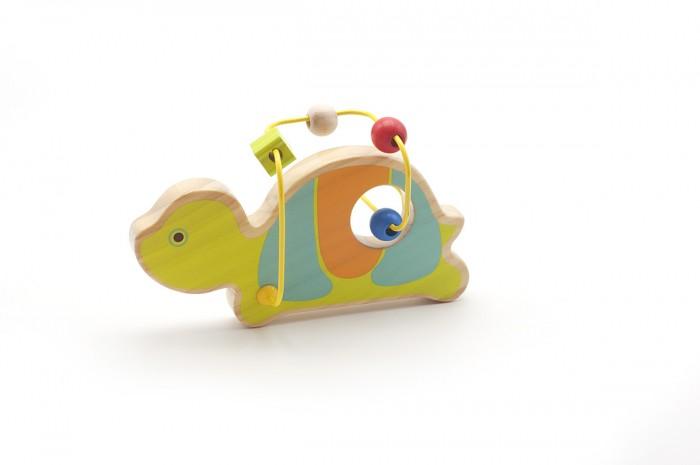 Деревянная игрушка Lucy &amp; Leo Лабиринт Черепаха LL126Лабиринт Черепаха LL126Lucy & Leo Деревянная игрушка Лабиринт Черепаха.  Зверята из жаркой Африки приготовили для вашего малыша необычный сюрприз – деревянный лабиринт из бус! С этой игрушкой ребенка ждет двойное развлечение - яркие и дружелюбные фигурки познакомят его с веселыми обитателями саванны, а игры с разноцветными бусинками разовьют координацию, восприятие цвета и пространственное мышление. Игрушки легко помещаются в детскую руку.  Полезно знать: Этот набор выполнен из качественных материалов по европейским стандартам и покрыт специальной краской на водной основе, которая абсолютно безопасна для вашего малыша. Производитель использует только экологически чистую новозеландскую сосну для производства своих игрушек.<br>