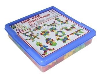 Конструктор Pilsan Funny Blocks 80 деталейFunny Blocks 80 деталейКонструктор Pilsan Funny Blocks  - увлекательный и развивающий конструктор представляет собой 80 ярких цветных деталей треугольной формы с пазами.  Данный конструктор способствует умственному развитию ребенка, развитию моторики рук, развитию воображения, стимулирует творчество и развивает интеллект ребенка.  Изготовлен из экологически чистых материалов<br>