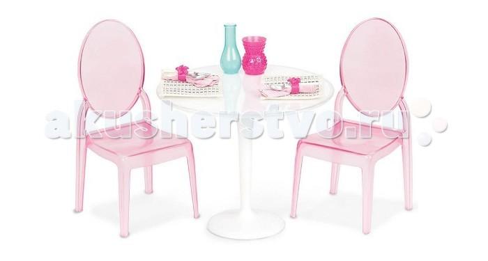 Our Generation Dolls Набор Стол и два стула для куклы 46 смНабор Стол и два стула для куклы 46 смOur Generation Dolls Набор Стол и два стула для куклы 46 см разработан специально для двух кукол подружек.  Помимо уже обозначенных стульев со столом в этом комплекте мы увидим две чайные чашки с блюдцами, а также чайник. Пускай малышка заварит для кукол сладкий и вкусный чай, а к нему принесёт пирожные или печенье – благодаря этому разговор подружек получится по-настоящему комфортным и увлекательным, как у настоящих людей.   В наборе: стол, 2 стула, две чайные чашки с блюдцами, чайник.<br>