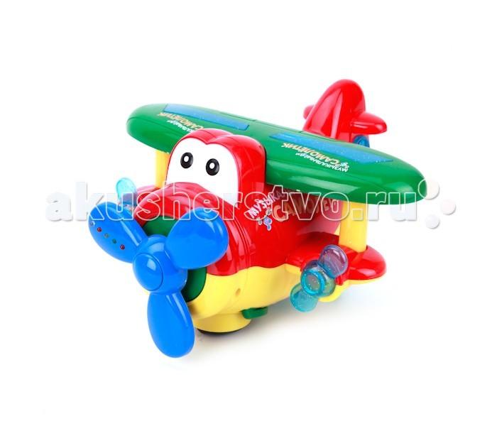 Умка Музыкальный СамолетМузыкальный СамолетУмка Музыкальный Самолет с ярким дизайном станет любимой игрушкой вашего малыша.   Модель имеет звуковые и световые эффекты, которые придадут реалистичности игре.   Размер: 35 см Вес: 246 г  Внимание! Товар представлен в ассортименте.<br>