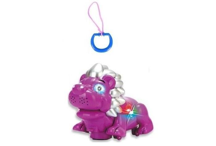 Каталка-игрушка Zhorya Лев 2 в 1Лев 2 в 1Каталка-игрушка Zhorya Лев 2 в 1 - с музыкальными эффектами для детей старше года.   Когда ребенок начнет ходить, то он с радостью будет тянуть игрушку за собой.   Она способствует развитию у малыша звукового и цветового восприятия, а также моторики и координации движений. Львенка можно катать за веревку или рукой.<br>