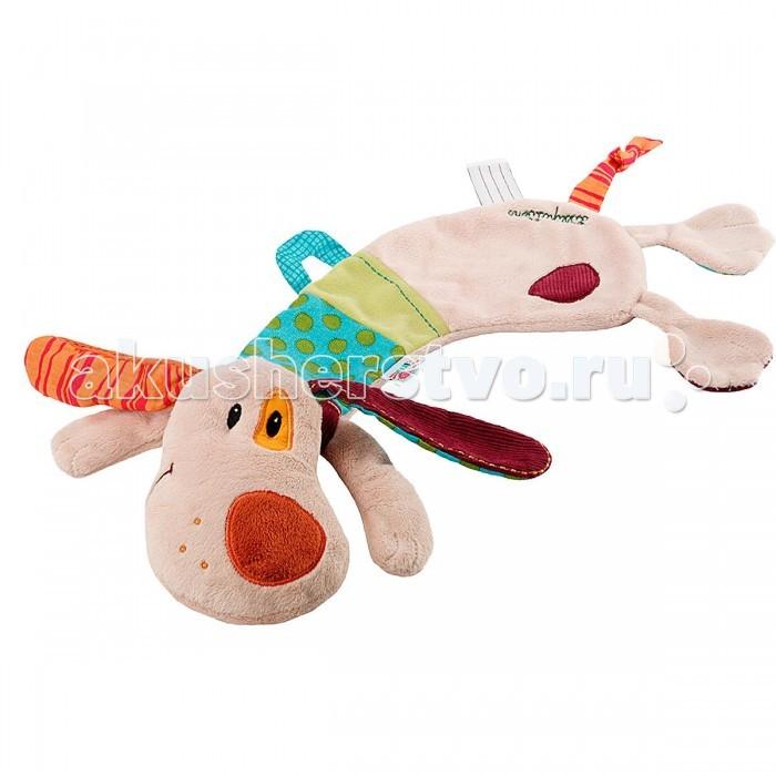 Мягкая игрушка Lilliputiens Собачка Джеф: игрушка-обнимашка в коробкеСобачка Джеф: игрушка-обнимашка в коробкеLilliputiens Собачка Джеф: игрушка-обнимашка в коробке.  Развивающая игрушка-обнимашка Lilliputiens Собачка Джеф понравится вашему малышу. Она выполнена из хлопка разных цветов и фактур в виде симпатичного песика с вышитой мордашкой. Головка песика мягконабивная, туловище плоское. Ребенку понравится обнимать игрушку, и он не захочет с ней расставаться ни днем, ни ночью.  Засунув ручку в кармашек под головой песика, можно оживить игрушку. Под головкой также находится петелька на липучке, благодаря которой к собачке можно прикрепить пустышку. Приятная на ощупь игрушка подарит малышу много нежности и вместе с тем поможет крохе развить цветовое восприятие, концентрацию внимания, мелкую моторику рук и тактильные ощущения.<br>