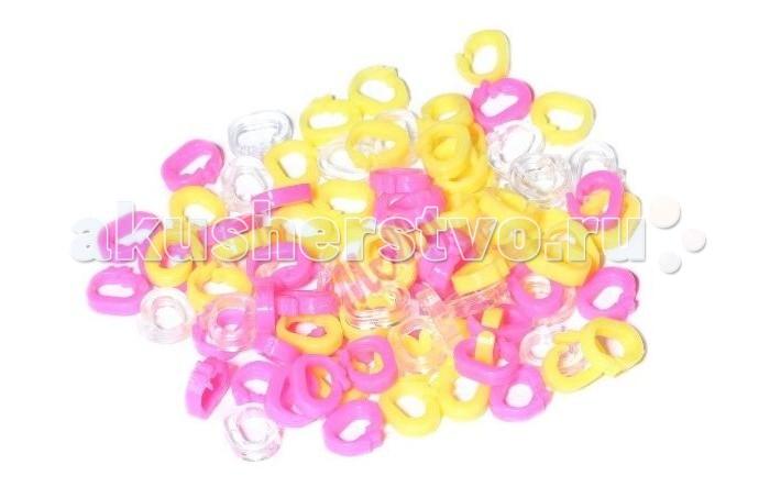 Molly Замки для браслетов 90 шт.Замки для браслетов 90 шт.Замки для браслетов желтые-розовые-прозрачные 90 шт. для плетения резиночками.  Плетение из резинок (Rainbow Loom) - молодое и очень популярное хобби среди детей, подростков и взрослых по всему миру. Используя простые в обращении приспособления для плетения, можно в короткий срок сплести множество великолепных, ярких, красивых браслетов, подвесок, колец, сумочек, шарфов, различных аксессуаров (например, чехол для телефона), фигурок, героев мультфильмов и много другое. Пластиковый станок для плетения полноразмерный или компактный, а также крючок для плетения удобно брать в дорогу.  Использование одинаковых резинок, удачное сочетание разных по форме и цвету - все это позволяет создавать стильные неповторимые браслеты, выполненные с использованием определенной техники.  Плетение из резинок - хобби, которое потребует некоторое количество времени и усилий. Результат того стоит!<br>