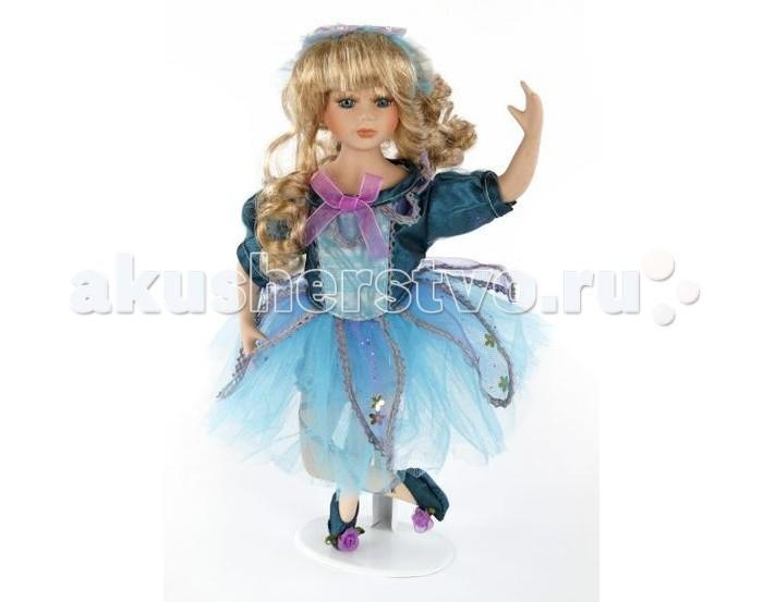 Angel Collection Кукла фарфоровая Балерина в голубом платье 35.6 смКукла фарфоровая Балерина в голубом платье 35.6 смКаждая кукла, выпущенная в серии Angel Collection, обладает неповторимым образом - принцессы, феи, маленькие девочки, роскошные невесты и т.д. Изысканные наряды и очаровательная матовость фарфора превращают этих кукол в настоящее произведение искусства.   Куклы сделаны из уникальной голубой глины.  Фарфоровая красавица - это не просто игрушка, а также украшение для интерьера или ценный экспонат коллекции.  Опорой для куклы служит специальная подставка.  Высота куклы: 35.6 см<br>