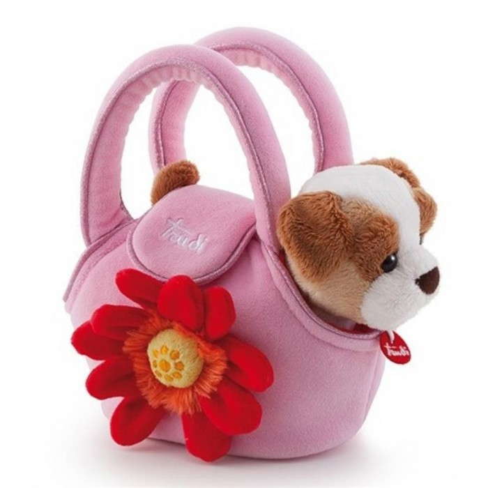 Мягкая игрушка Trudi Щенок в сумочке 15 смЩенок в сумочке 15 смМягкая игрушка Trudi Щенок в сумочке 15 см. Наверняка, вашему малышу ужасно хочется завести свое собственное домашнее животное, чтобы заботиться о нем, ухаживать, гладить по мягкой шерстке и кормить вкусностями. Тогда ему особенно понравится эта мягкая игрушка, сделанная известной компанией Trudi, — крошечный и очаровательный щеночек из серии Trudi Pets!   Приятная на ощупь, эта плюшевая игрушка создана для самых маленьких, с ней так спокойно засыпать и так здорово играть! Щенок легко помещается в небольшой розовой сумочке, украшенной красной герберой, поэтому его можно брать с собой на прогулку. Что немаловажно, материал, из которого сделана эта плюшевая игрушка, не выгорает на солнце и легко стирается.  Игрушка состоит из экологически чистых компонентов, полностью безопасных для малышей. На шее мягкой игрушки вы увидите фирменный лейбл компании Trudi, сделанный в виде красного кулончика на белой ленточке.   Размер: 15 см<br>