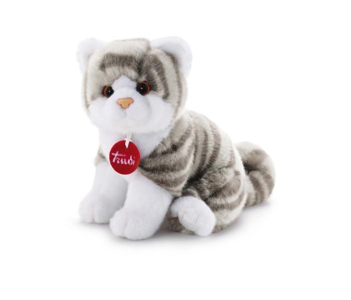 Мягкая игрушка Trudi Котёнок Брэд серо-белый 24 смКотёнок Брэд серо-белый 24 смМягкая игрушка Trudi Котёнок Брэд серо-белый 24 см. Кошка – одно из самых популярных домашних животных. Мечта о котенке с игрушкой от Trudi может стать реальностью.  Словно настоящий, плюшевый котенок Брэд от Trudi станет любимцем Вашего малыша. Благодаря компактному размеру игрушку удобно брать с собой, куда бы вы ни отправились. Не стоит волноваться, что на прогулке белоснежные лапки Брэда могут запачкаться. Ведь игрушки от Trudi можно стирать даже в машинке-автомате без потери качества, формы и цвета. При этом температуре воды не должна быть выше 30 градусов.  Плюшевый кот изготовлен из материала, не вызывающего аллергию.  Размер игрушки составляет 26 см<br>