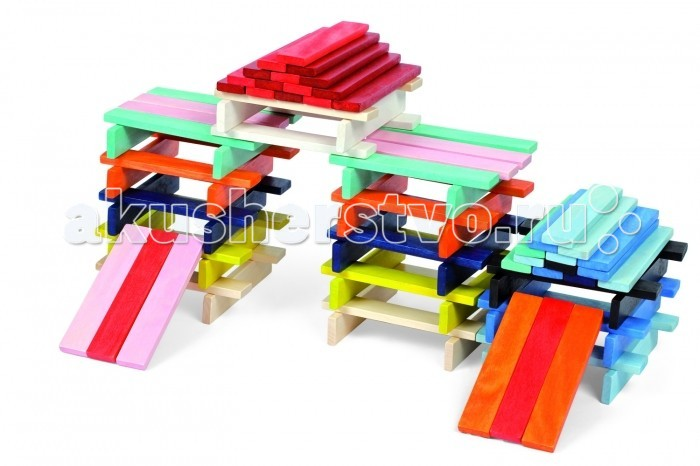 Деревянная игрушка Janod Конструктор Разноцветные планкиКонструктор Разноцветные планкиКонструктор Разноцветные планки, 100 шт., производства французской компании Janod, предназначена для детей старше 18 месяцев.  В набор входит 100 разноцветных элементов. Широкое поле для творчества. Планки размером 11,5х2х0,6 см можно укладывать в различной последовательности, получая при этом самые разнообразные конструкции - простые и сложные. Если привлечь к игре папу постройки наверняка станут более сложной конфигурации, а если сочетать этот набор с другими конструкторами Janod, то ваши возможности будут безграничными. Все элементы набора выполнены из дерева и окрашены безопасными для детей водорастворимыми красками.  Играя вы повторяете с ребенком основные цвета и оттенки: красный, розовый, желтый, оранжевый, черный, белый, синий, голубой.  Набор станет замечательным и желанным подарком для любого ребенка старше 1,5 лет. Игрушка упакована в оригинальную коробку с ручкой из толстой черной веревки.  Описание товара:   разноцветные деревянные планки размером 11,5 см x 2 см x 0,6 см.  приятные, натуральные цвета  применяются водорастворимые краски, безопасные для детей  оригинальный французский дизайн  набор предназначен для детей от 1,5 лет  красивая подарочная коробка.<br>