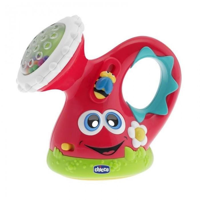Chicco Музыкальная лейкаМузыкальная лейкаМузыкальная игрушка «Лейка» воспроизводит приятные мелодии, развлекает кроху.   Для активации звуковых эффектов нажимайте на цветочек.   Световые эффекты развивают зрительное восприятие.   Развивающая игрушка Chicco имеет встроенную погремушку: при вращении душа цветные шарики перекатываются и создают звенящий звук.   Размер 12х12 см.<br>