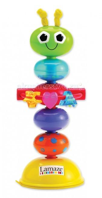 Развивающая игрушка Lamaze с присоской Деловой Жучокс присоской Деловой ЖучокРазвивающая игрушка Деловой жучок крепится к любой гладкой поверхности с помощью специальной присоски. Когда малыш потянет игрушку, она забавно изогнется и издаст свойственные погремушке звуки.  Все элементы игрушки поворачиваются, мягкие усики на голове жучка можно погрызть, на кольце подвешены цветные бусины и маленькие колечки.  Игра помогает в развитии цветового и звукового восприятия, а также мелкой моторики.<br>