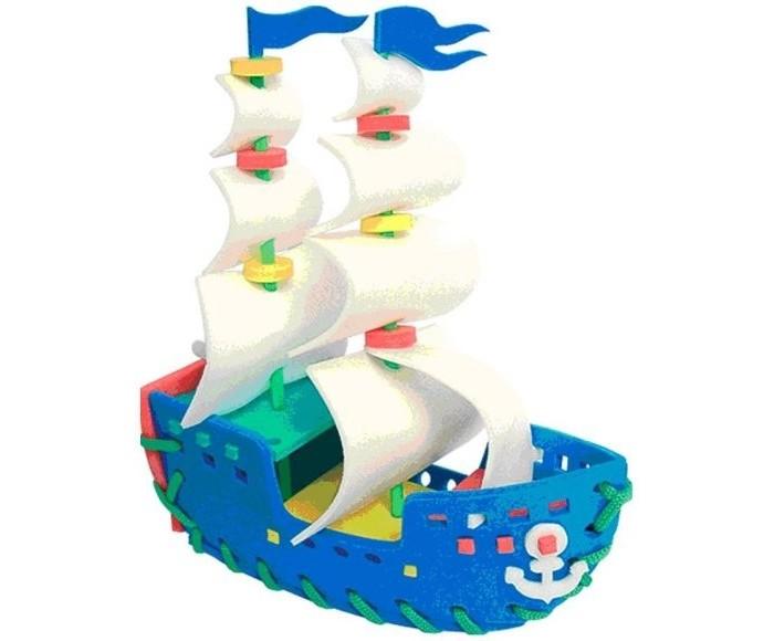 Развивающая игрушка Флексика Шнуровка ПарусникШнуровка ПарусникФлексика Шнуровка Парусник направлена на развитие у ребёнка памяти, воображения, фантазии, моторики, пространственного и логического мышления.   Развивающие игры Флексика сделаны из отечественного полимерного материала, легкого, современного и самое главное – безопасного для детей.   Особые свойства материала позволяют экспериментировать с водой и превратить купание в интересный и увлекательный процесс: достаточно, например, пазлам и наборам для ванной намокнуть, как они прилипают к любым гладким поверхностям.  Особенности: Обучение происходит в процессе игры.  Благодаря особой структуре материала и свойству прилипать к мокрой поверхности, является идеальной игрушкой для ванны.  Материал: пенополиэтилен.  Содержит мелкие детали.<br>