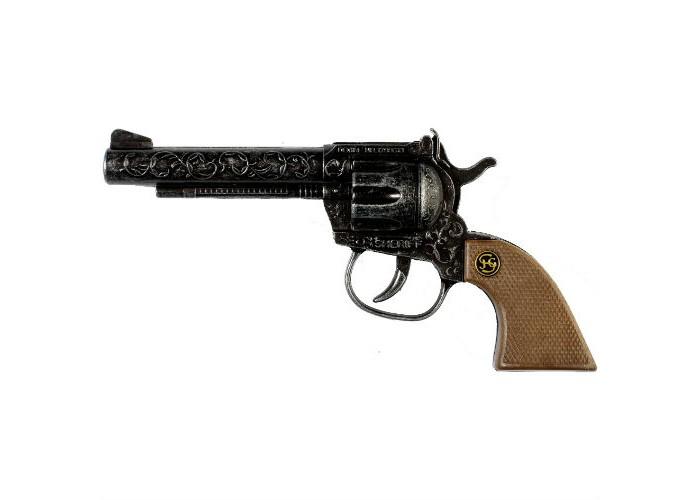 Schrodel Игрушечное оружие Пистолет Sheriff antiqueИгрушечное оружие Пистолет Sheriff antiqueИгрушечное оружие Schrodel Пистолет Junior 20 — отличный подарок для маленьких любителей приключений, вестернов и борьбы со злом  Пистолет – неотъемлемый атрибут любого шерифа. Далеко не всем гражданам достаточно серебряного блеска шерифского значка, с некоторыми преступниками можно разговаривать только на языке оружия.   И еще какого оружия! Пистолет Sheriff antique – великолепная модель не только для шерифа, но и для всех ценителей настоящей эстетики оружия. Он создан немецким брендом Schrodel, специализирующемся на выпуске высококачественных пистолетов, ружей и винтовок для детей. Металлический ствол пистолета с крутящимся барабаном богато украшен изящной вязью, что делает это оружие настоящим произведением искусства. А сможете ли вы показать с ним свое искусством стрельбы?  Размер: 17,5 см  Schrodel — один из лучших немецких производителей игрушечного детского оружия отличного качества. Все игрушки компании выполнены из нетоксичных и качественных материалов, безопасных для здоровья ребенка.  Обязательно ознакомьтесь с инструкцией и соблюдайте меры безопасности.<br>
