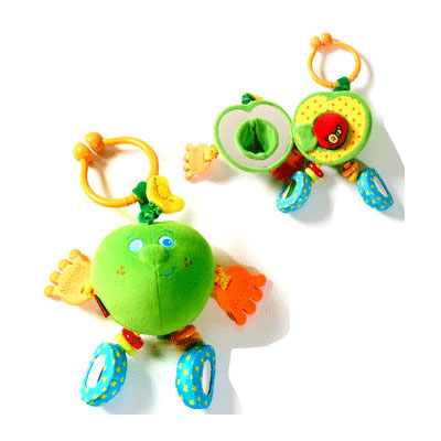 Подвесная игрушка Tiny Love Развивающая Яблочко Энди зеленое Друзья фрукты