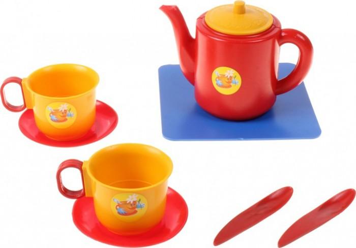 Плэйдорадо Набор посуды чашки с чайникомНабор посуды чашки с чайникомНабор чашек с чайником Плэйдорадо представляет собой игрушечный сервиз из 8 предметов на 2 персоны. Таким образом, благодаря этому комплекту, девочка сможет устроить настоящее чаепитие со своей любимой игрушкой. Выполнены изделия из высококачественного нетоксичного пластика, который абсолютно безопасен для детского здоровья. Набор обладает яркой расцветкой, сочетающей в себя синие, красные и желтые тона.  Комплектация набора:  чайник с крышкой;  2 блюдца;  2 чашки;  2 ложечки;  подставка.  Основные характеристики:  Размер упаковки: 130x130x95 мм<br>