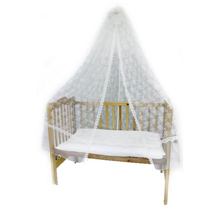 Балдахин для кроватки Bombus универсальный (сетка)универсальный (сетка)Струящееся роскошное кружево создает ощущение легкости и воздушности. Изделие выполнено из тонкой, воздушной вышитой сетки, которая отлично пропускает свежий воздух и сохраняет естественное тепло внутри кроватки. Создает необходимый уют.  Очень красиво обрамляет и украшает кроватку. Не путается, т.к. крепится в изголовье и служит действительно украшением.  Полностью безопасно и гипоаллергенно  Рекомендации:  балдахин рекомендуется стирать не реже одного раза в неделю в целях гигиены.  Размер: 165 х 400 см<br>