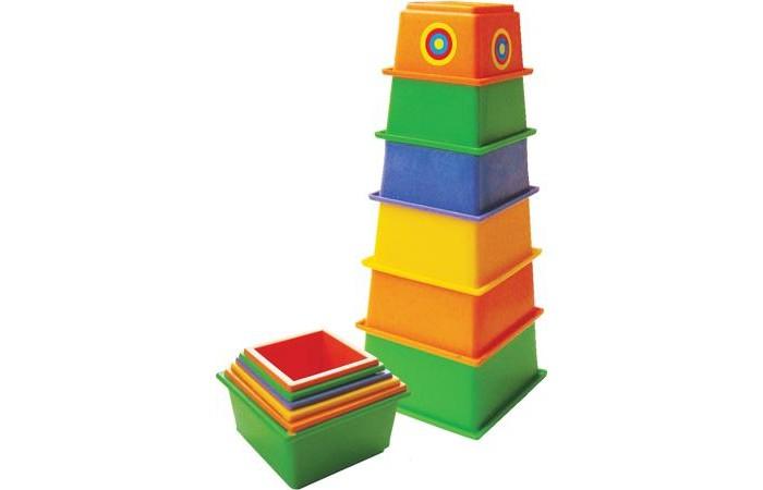 Развивающая игрушка Плэйдорадо Пирамида МаякПирамида МаякПирамидка Плэйдорадо Маяк - это отличная развивающая игрушка для совсем маленьких детишек. Она поможет ребенку в развитии логики, понятия о размере предметов и пространственном ориентировании. К тому же, для неискушенного детского вкуса - это просто отличная игрушка. Пирамидка сделана из квадратных фигурок, складывающихся в нечто похожее на маяк. Сделано из особого высококачественного пластика.  Основные характеристики:  Высота: 27 см<br>