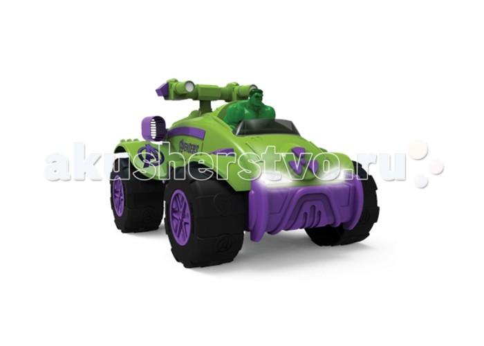 Yellow Инерционная машинка Мстители Халк 25 смИнерционная машинка Мстители Халк 25 смYellow Инерционная машинка Мстители Халк 25 см зеленого цвета, с самим супергероем за рулем! Сбоку красуется логотип Мстителей, сзади расположена большая пушка и турбо-двигатели.   Это мощный автомобиль на широких колесах, способный преодолевать все преграды на своем пути, с турбо-двигателями и большой пушкой, расположенной за водительским сиденьем.   Машинка оснащена инерционным механизмом, что позволяет ей ездить самой - для этого только нужно задать ей направление движения, слегка потянув ее вначале в противоположную сторону. В игрушку встроены звуковые и световые эффекты: во время езды у нее горят фары и раздаются различные звуки.<br>