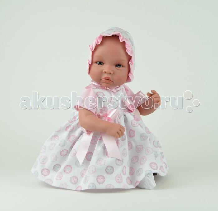 ASI Кукла Лео 50 см 182940Кукла Лео 50 см 182940Пупс, размер 50 см, тело мягконабивное, голова, руки и ноги из винила, без волос, в розовом платье и чепце, с озвучкой, в красивой подарочной коробке.<br>