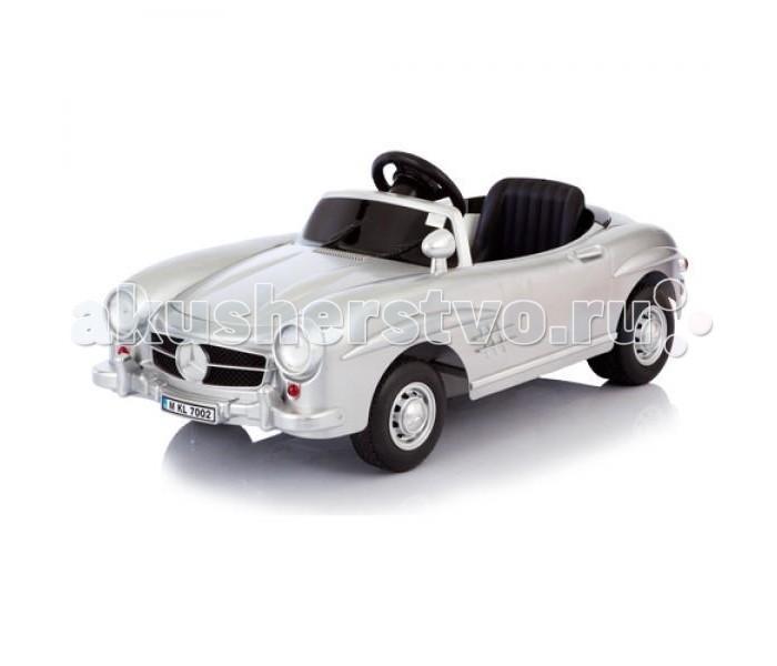 Электромобиль Jetem Mersedes 300SL W198Mersedes 300SL W198Электромобиль Jetem (Capella) Mersedes 300SL - это мечта любого малыша, да и родителям будет приятно, что их чадо будет кататься на таком роскошном авто. Электромобиль будет радовать малышей от 2-х до 6 лет. На вид он совсем как настоящий, при движении вперед у него даже горят фары, внешний вид особенно привлекательным делают настоящие легкосплавные диски и особое покрытие. Электромобиль покрашен таким образом, что с него легко будут удаляться все царапины.Также есть звуковое сопровождение. Электромобиль может развивать скорость до 2,5 км/ч.  Характеристики: есть пульт дистанционного управления, который работает на батарейках радиус действия пульта - 30 метров для детей от 2-х до 6 лет есть музыка, фары, которые горят, когда автомобиль двигается вперед удобное сиденье регулируется есть зеркала заднего вида очень высокая точность в исполнении деталей электромобиль одноместный аккумулятор обеспечивает до 3-х часов непрерывной езды время первых 5 зарядок - 20 часов, далее - 10-12 часов двигатель 6 V, работающий от батареи 6В 4 Ah  максимальная скорость 3,5 км/ч электромобиль набирает скорость постепенно 2 направления скорости: вперед-назад корпус из удароустойчивого пластика диски из легкосплавного материала, делающие автомобиль еще более настоящим задний спойлер удобный спортивного вида руль пластиковые колеса двигаются практически бесшумно, электромобиль может использоваться даже в квартире приводится в движение нажатием на педаль, если нужно остановить - просто нужно отпустить педаль изготовлен из высококачественных безопасных материалов максимальная нагрузка 25 кг   Размеры (ДхВхШ): 120х54х36 см<br>