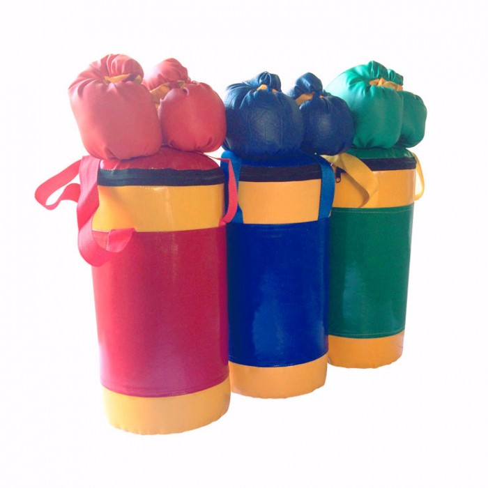 KMS-sport Набор боксерский детский № 2Набор боксерский детский № 2Крепление: универсальное Высота: 0.45 м. Размеры: 0.20 х 0.20 м. Масса изделия: 5 кг  Наполнитель: опил хвойных деревьев и резиновая крошка Комплектация: мешок боксерский 5 кг, перчатки, трос-крепление<br>