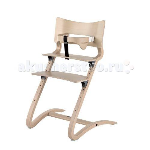 Стульчик для кормления Leander высокийвысокийЗа обеденным столом дети хотят чувствовать себя частью семьи, но они также хотят свободно двигаться. Слегка пружинящая конструкция и хорошая приспособляемость стульчика Leander к росту ребенка обеспечивают естественное чувство подвижности и в совокупности создают идеальный высокий детский стульчик.  Мягкий округлый дизайн стульчика также виден в спинке и предохранительной перекладине, которая охватывает ребенка, обеспечивая уникальную боковую поддержку. Это обеспечивает правильное эргономичное сидячее положение для детей всех возрастов. Глубина перекладины настраивается без каких-либо инструментов. Благодаря весу всего лишь в 5,1 кг стульчик легко могут передвигать как дети, так и взрослые. Несмотря на легкий вес, стульчик также удобен для взрослых и может использоваться за рабочим столом или в качестве дополнительного стула для гостя.   Высота слегка изогнутых ножек обеспечивает устойчивость и защищает стульчик от опрокидывания назад. Последние требования безопасности в отношении высоты спинки и глубины стульчика в сочетании с элегантным дизайном делают его презентабельным и актуальным в интерьере любого дома. Чтобы удовлетворить потребность наших клиентов в классической современной мебели, вписывающейся в существующие интерьеры, мы представляем стульчик Leander в белом цвете. Таким образом, сегодня мы предлагаем всю нашу мебель в белом цвете.  Как и вся мебель Leander, высокий детский стульчик Leander изготовлен из экологически чистого бука, а его поверхность обработана лаком на водной основе – что отражает нашу ответственность за безопасность детей и охрану окружающей среды.  Глубина стульчика – 56 см, ширина – 55 см и высота – 82,5 см.<br>