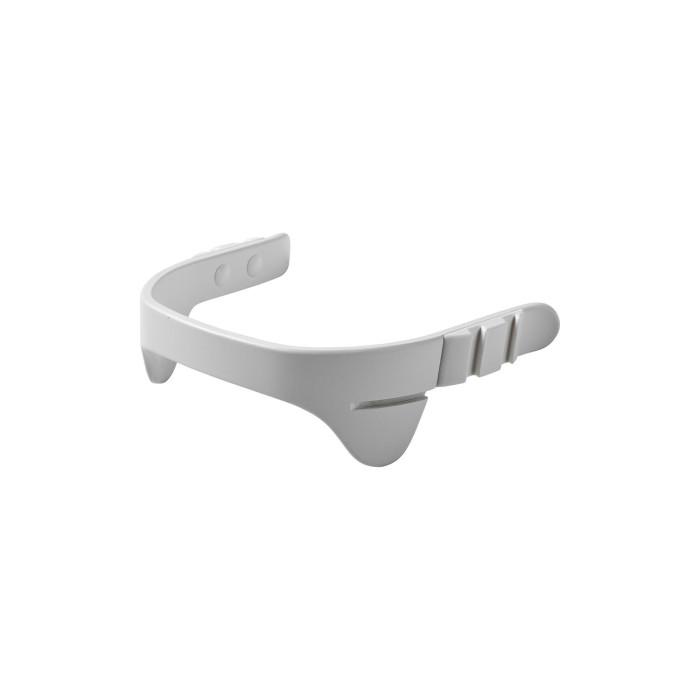 Leander Перекладина безопасностиПерекладина безопасностиПерекладина безопасности предназначена для стульчиков Leander, и служит для того, чтобы исключить вероятность выпадения или сползания со стульчика малыша.   Регулируется в 2-х положениях без использования инструментов Обеспечивает эргономически правильное положение сидя Ремешок из натуральной кожи тонирован природными экстрактами Изготовлен из бука Соответствует стандарту EN-14988: 2012<br>