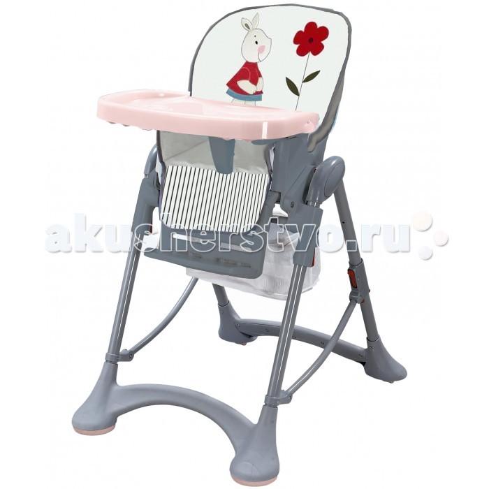 Стульчик для кормления Liko Baby HC 51HC 51Данная модель имеет помимо специальных распорок, которые придают дополнительную устойчивость, плоскую прорезиненную поверхность, которая исключает неконтролируемое движение стульчика по полу.  Малышу будет комфортно сидеть в таком стульчике для кормления, т.к. спинка и сиденье обтянуты приятным и легкомоющимся материалом. Чтобы Ваш малыш не вывалился из стульчика, предусмотрена система пятиточечных ремней безопасности. Большим плюсом является возможность регулировки высоты сиденья стульчика. Внизу сиденья имеется корзина для игрушек или влажных салфеток  Характеристики: пластиковый столик для детской посуды возможность изменения высоты сидения стульчика над уровнем пола чехол стульчика изготовлен из светлых моющихся материалов и имеет мягкую набивку для комфорта малыша для удобства и правильного развития ребёнка углы наклона спинки сидения и подставки для ног регулируются мягкие пятиточечные ремни безопасности и ограничитель между ножек ребенка исключают его выпадение из стульчика легкая сетка необходимых вещей при помощи несложных манипуляций стул складывается: в сложенном виде занимает мало места повышенная устойчивость стульчика достигается за счет специальных распорок основания передних ножек стульчика имеют плоскую прорезиненную поверхность, что исключает его неконтролируемое движение по полу<br>