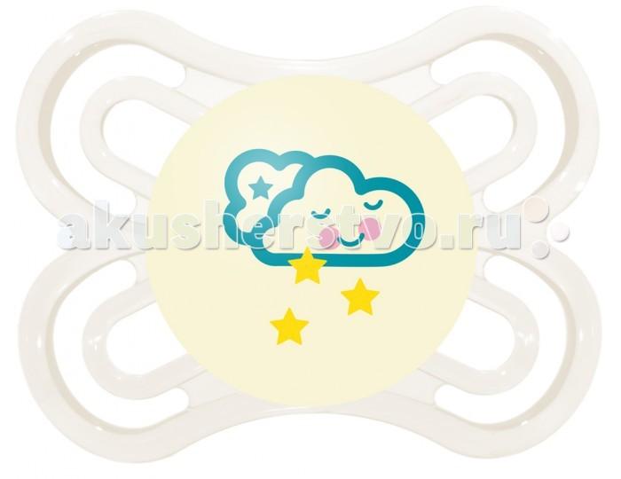 Пустышка MAM Perfect Night силиконовая 0-6 мес.Perfect Night силиконовая 0-6 мес.Пустышка Mam Perfect Night обеспечит малышу комфортный и спокойный сон. Пустышка имеет ортодонтическую форму и выполнена из высококачественных материалов, которые полностью безопасны для младенца.  Позволяет детям и родителям очень легко находить пустышку даже в темноте.  Кнопка светится в темноте благодаря аккумулирующим свет минералам Разработана для снижения риска неправильного положения зубов Разработана в сотрудничестве с ортодонтами и детскими стоматологами Прошла клинические испытания в университетской стоматологической клинике г. Вены Очень тонкая и мягкая шейка соски благодаря Dento-Flex® Поставляется с соской MAM Silk Teat® – несравненно мягкой по ощущениям детского рта Уникальный дизайн изделия, разработанный в Венском университете прикладных искусств Щадит кожу благодаря большим вентиляционным отверстиям Поставляется в удобном боксе для хранения<br>