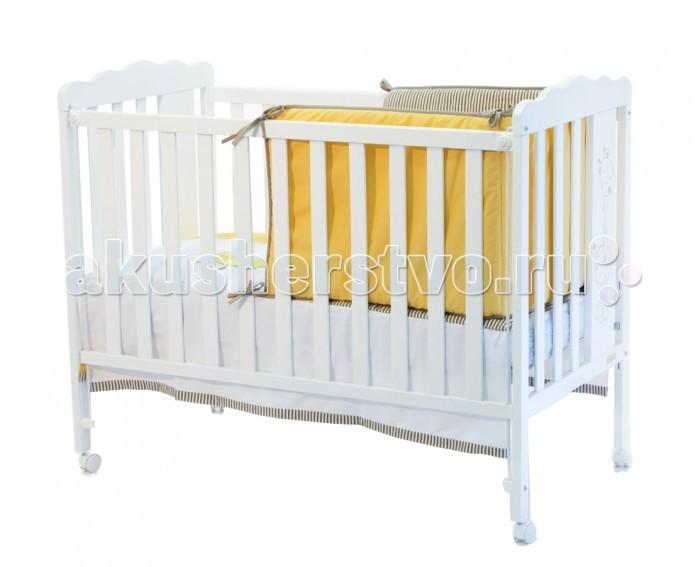 Детская кроватка Micuna Baby GiraffeBaby GiraffeMicuna Baby Giraffe: чтобы подарить малышу улыбку   Новая кроватка от испанских дизайнеров Micuna Baby Giraffe – новый друг для малыша. Весёлый, но немного застенчивый жираф на спинке кровати будет дарить ребёнку улыбку и солнечное настроение каждый день. Baby Giraffe создана в лучших традициях Micuna: выполненная из крепкого натурального бука, кровать надёжная и устойчивая. Колёсики с блокировкой позволяют легко передвигать кроватку по комнате и фиксировать её в выбранном месте – очень удобно для родителей. Плавные формы, украшенные забавным детским рисунком, гармонично сочетаются с чётким ритмом ламелей и в очередной раз подчёркивают отличное чувство стиля испанских дизайнеров.   Основные характеристики: бортик кроватки опускается;  ложе регулируется по высоте – 2 позиции;  посредством снятия бортика кроватка легко превращается в диванчик;  колёсики с блокирующим стопором;  материал: бук, МДФ;  закрытые шурупы и болты;  в комплект не входит ящик для кровати, но его можно заказать дополнительно;  дополнительная опция – качалка.   Размеры:   кроватка (ДхВхШ): 125x96х65 см;  постельное бельё: 120х60 см (в комплект не входит, можно заказать дополнительно).<br>