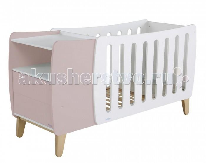Детская кроватка Micuna Harmony Plus Relax 120x60Harmony Plus Relax 120x60Micuna Harmony: новый взгляд на привычные вещи   Для тех, кто любит всё необычное и готов экспериментировать при оформлении детской комнаты, испанские дизайнеры Micuna предлагают новую кроватку Harmony. Micuna Harmony – это современный подход к интерьеру, необыкновенно стильное и функциональное решение. Кроватка-трансформер в первые месяцы жизни малыша станет для него уютной колыбелькой – в маленьком пространстве новорождённые чувствуют себя значительно комфортнее, чем в детских кроватках стандартных размеров. Удобная тумба, в которой можно хранить постельные принадлежности и детские вещи, входит в конструкцию Micuna Harmony. Когда ребёнок чуть подрастает и ему необходимо больше места, тумбочка убирается и становится самостоятельным предметом мебели, а колыбель превращается в полноценную детскую кровать. Micuna Harmony – это современно и удобно.   Кроватки испанской компании Micuna изготавливаются в Валенсии из экологически чистых материалов. В первую очередь, это бук – традиционное дерево для мебели и музыкальных инструментов. Элементы из МДФ – материала, созданного без применения эпоксидных смол и фенола на основе природного полимера лигнина, дополняют конструкцию. Краски и лак, которыми покрывают кроватки, приготовлены из натуральных компонентов и не создают вредных испарений.   Relax: ещё больше безопасности для Вашего малыша   Micuna, стремясь к постоянному развитию, всегда идёт в ногу со временем. Удачное сочетание многолетнего опыта и самых современных разработок позволяет компании Micuna находить новые решения для обеспечения максимальной безопасности и комфорта своих маленьких клиентов.   Не секрет, что в первые месяцы серьёзный дискомфорт малышам доставляет срыгивание после грудного кормления, особенно в период болезни или простуженного состояния. В этих случаях педиатры советуют немного приподнимать матрас – это поможет предотвратить спазмы и улучшит дыхание ребёнка. Специально для 