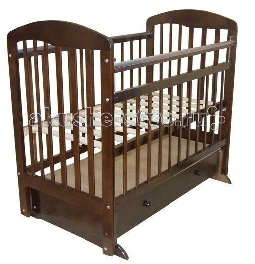 Детская кроватка Ивашка Мой малыш 8 (маятник поперечный)Мой малыш 8 (маятник поперечный)Кроватка детская Ивашка Мой малыш 8 выполнена из экологичных, гипоаллергенных материалов. Кроватка обладает высоким качеством и комфортом, как для ребенка, так и для родителей. Благодаря современному дизайну и спокойной, мягкой расцветке она впишется в интерьер любой спальни или детской комнаты.  Кровать изготовлена из массива березы Механизм маятника поперечный Положение боковой планки регулируется опускающимся устройством Боковая стенка съемная Специальная защитная накладка на бортиках Есть фиксатор, предотвращающий раскачивание кроватки Двойной уровень поддона Днище - реечное Ящик на роликовых направляющих с системой блокировки от выпадения Ящик сверху закрыт фанерой  Внутренний размер 120х60 см Размеры (ШxДxВ) 70x125x109 см<br>